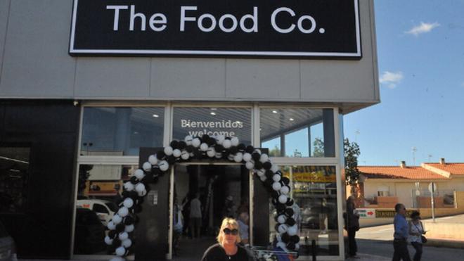 The Food Co, distribuidor de Tesco, crece en España con un súper en Ibiza