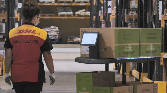 DHL implanta robots autónomos en su planta de Seseña (Toledo)