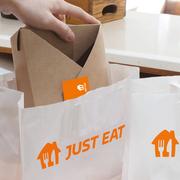 Just Eat Takeaway.com presenta su nueva identidad visual