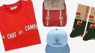 Cruzcampo lanza su propia línea de ropa y accesorios