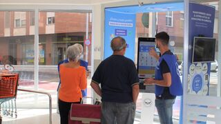 Consum lanza un sistema pionero para donar alimentos de forma virtual
