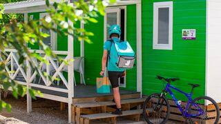 Deliveroo reúne más de 22.000 euros en propinas para donar a la hostelería