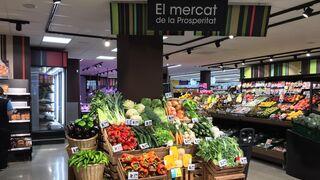 Caprabo crece en Barcelona con un nuevo supermercado