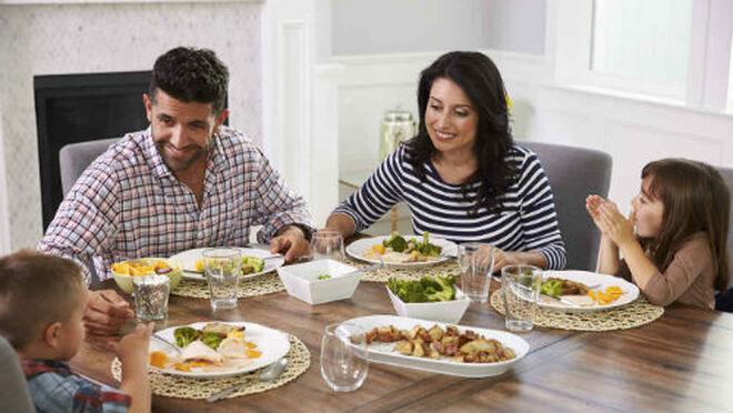 El 44% de los padres cambiará el comedor escolar por la comida en casa