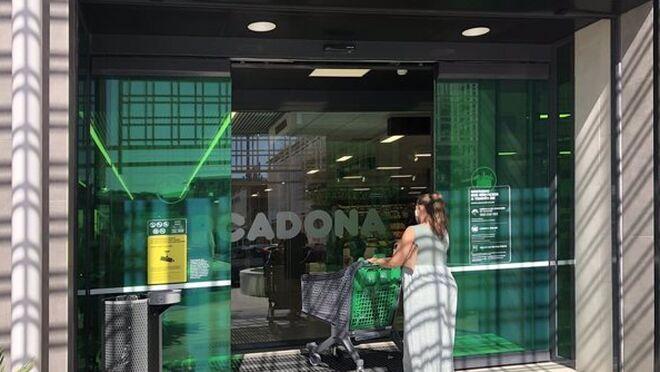 Mercadona, Carrefour y Grupo Día ceden cuota en favor de los super regionales y Lidl