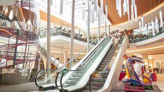 Las visitas a centros comerciales cayeron el 22% en agosto