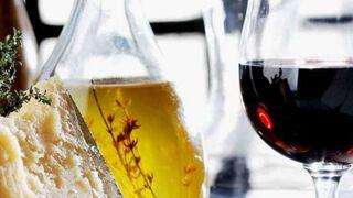 Acuerdo histórico: la UE y China protegerán productos como el aceite y el vino
