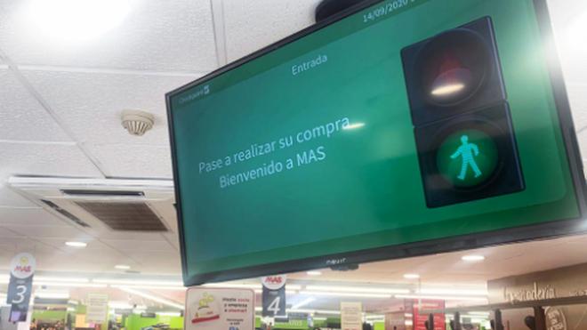 Los supermercados Mas instalan control de aforo en tiempo real