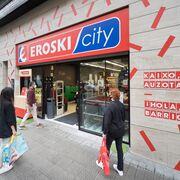Eroski inaugura un nuevo súper en la calle Henao de Bilbao