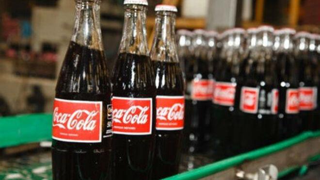 La plantilla de Coca-Cola en Málaga se moviliza tras el anuncio de cierre de la factoría