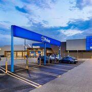 Walmart se aplica en el rediseño de sus tiendas para facilitar las compras