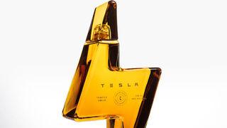Elon Musk se pasa a la bebida y triunfa con el tequila de Tesla
