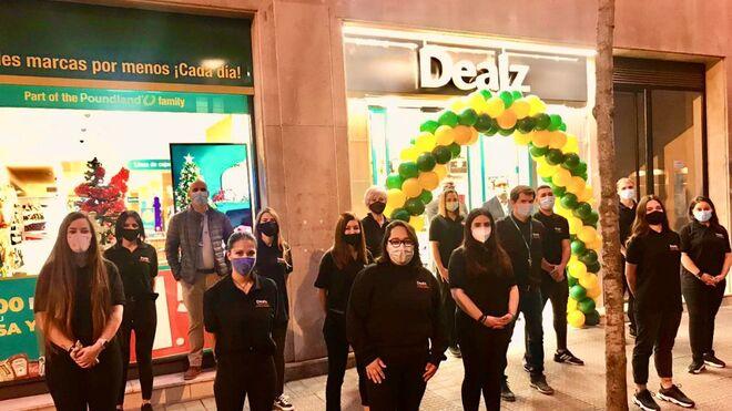 Dealz se estrena en Bilbao y crece en Madrid