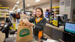 Los supermercados lanzan sus ofertas de empleo para Navidad