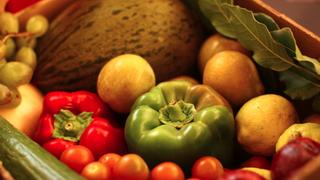 Las exportaciones de frutas y verduras retroceden en volumen y ganan en valor