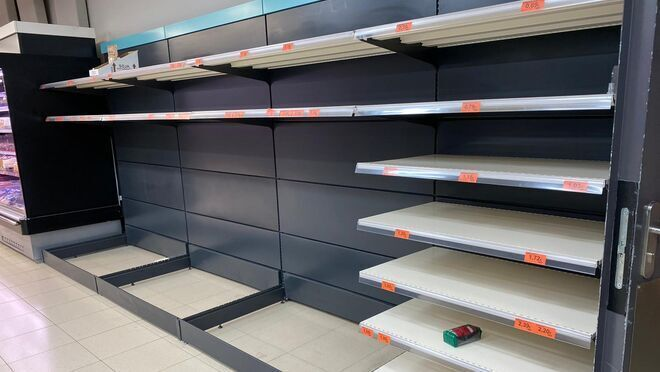 Lineal vacío en Mercadona el 11 de marzo de 2020