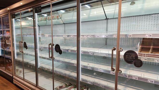 Estante vacío en un supermercado madrileño