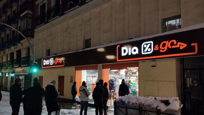 Filomena deja supermercados cerrados, acopio de alimentos y estanterías vacías