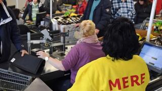 Aterriza en España Mere, la cadena de supermercados de descuento 'sin lujos'