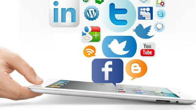 Las redes sociales se consolidan como canal de consulta e influencia para las compras