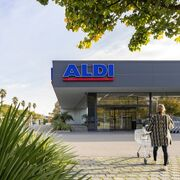 Aldi instala paneles solares e iluminación led en sus supermercados