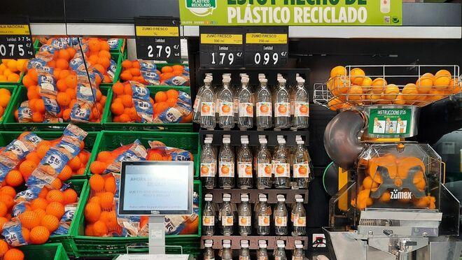 Mercadona presenta su nueva botella para zumo exprimido reciclable