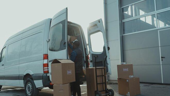 ¿Es posible transportar alimentos en cajas de cartón?