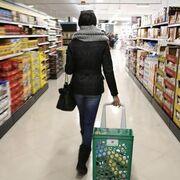 El 67% de los españoles decide qué marcas comprar en el propio supermercado