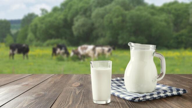 """Unió de Pagesos se reúne con Carrefour para analizar """"la crisis de precios"""" de la leche"""