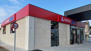 Vegalsa abre su primer Eroski Rapid en una gasolinera GV OIL en Santiago de Compostela