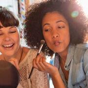 El fin de las mascarillas dispara la venta de cosméticos