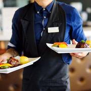 La hostelería lidera el crecimiento de ventas del sector servicios