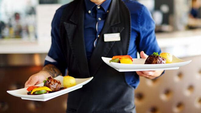 Las ventas del sector servicios suben el 11,6% en julio, con la hostelería liderando los ascensos
