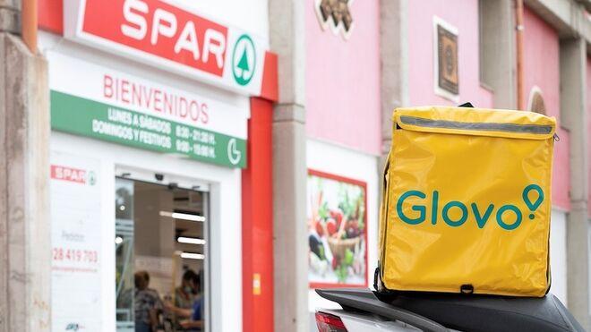 Glovo se alía con Spar Canarias para repartir la compra del supermercado
