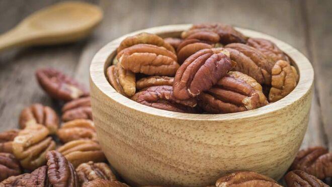 La dieta enriquecida con nueces pecanas reduce el colesterol