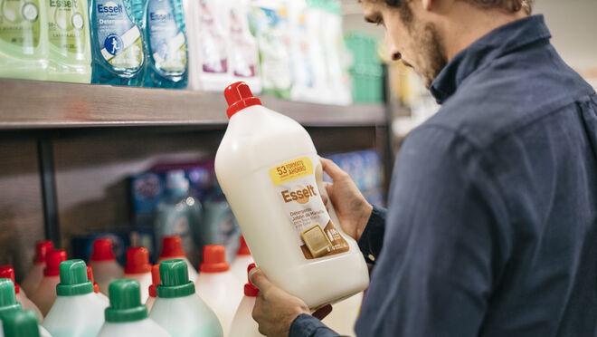 Aldi avanza en sostenibilidad: envases de plástico reciclado para sus productos de detergencia