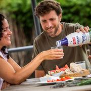 Pascual lanza la primera botella de leche en España con materiales de origen vegetal